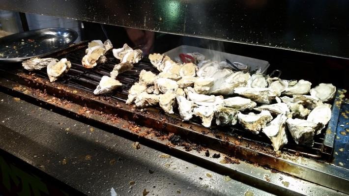 fried garlic oyster